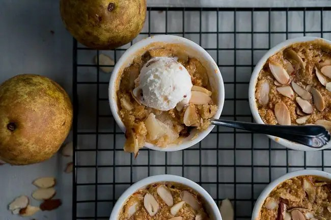 Paleo Pear and Almond Crisp-3