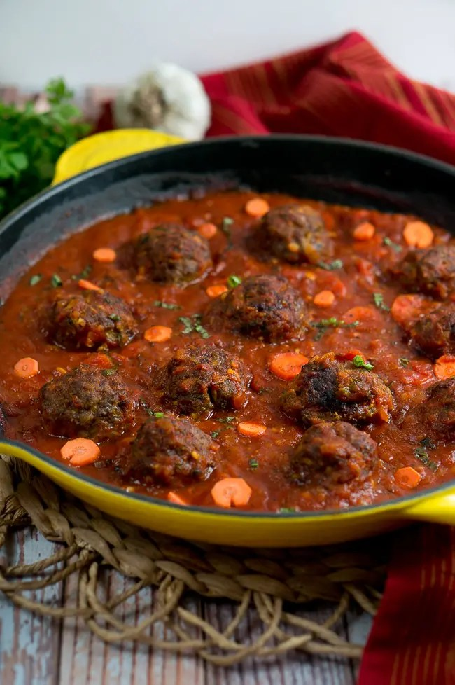Paleo Meatballs with Marinara Sauce