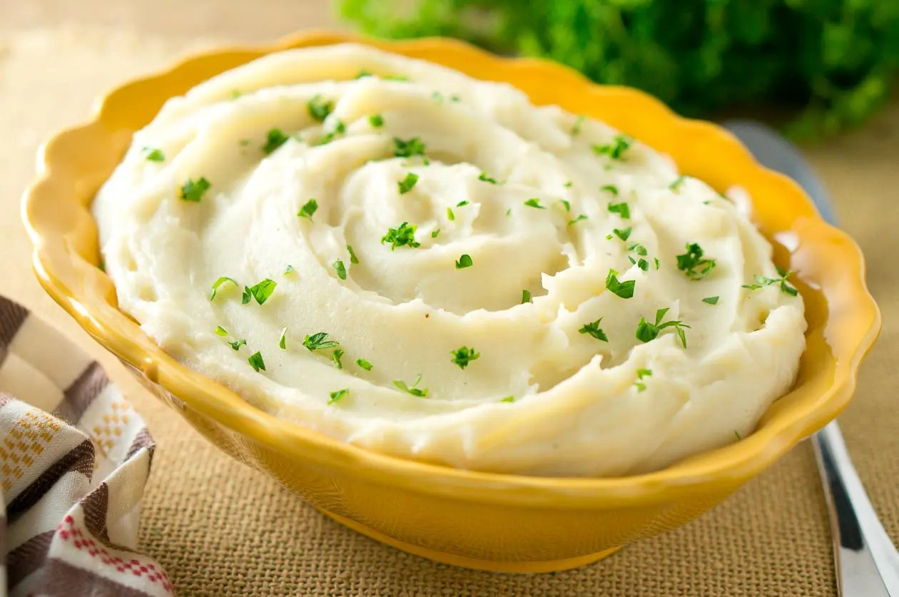 Easy Mashed Potatoes Recipe