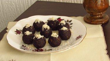 Cherry-Chocolate-Truffles_0528