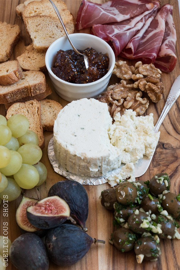 Ideas for a Successful Holiday Cheese Board