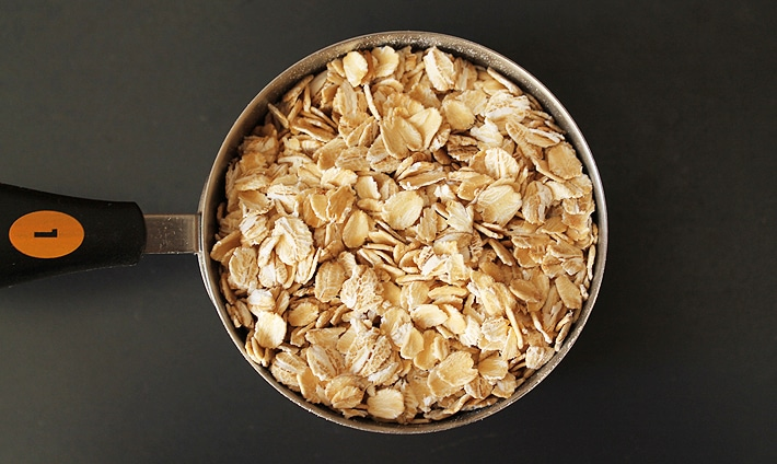 Wondering How to Make Oat Flour? It's simple and quick, plus you'll be saving money by doing it yourself!