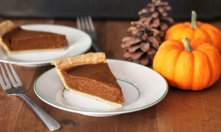 Quick and Easy Vegan Pumpkin Pie