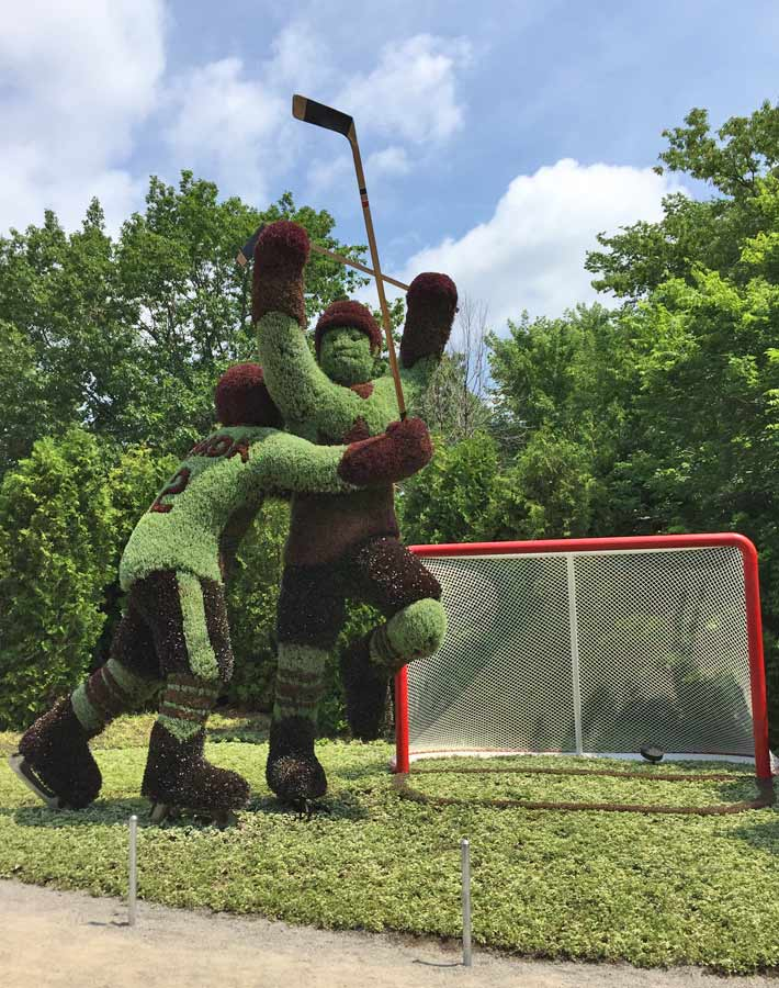 Hockey Player sculpture at MosaïCanada - Family Fun in the Outaouais