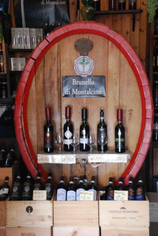 One day in Montalcino - wine shop