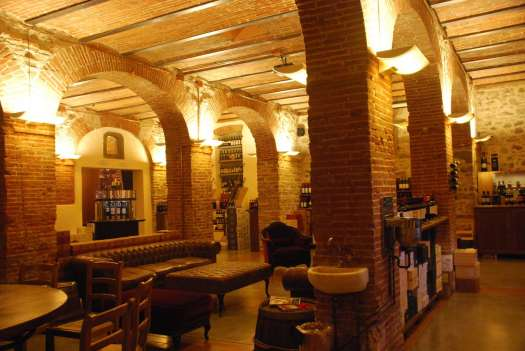 Chianti itinerary - Greve in Chianti wine tasting