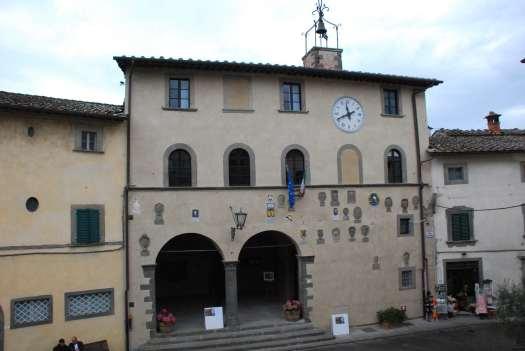 Chianti itinerary - Greve in Chianti - palazzo della ragione