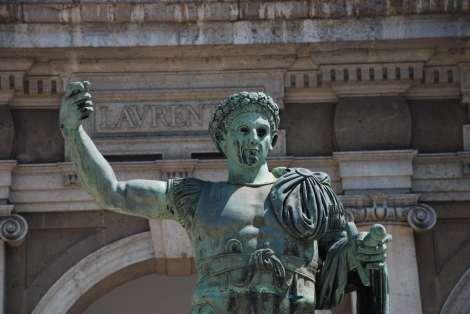 Milano - San lorenzo Church - Constantine statue