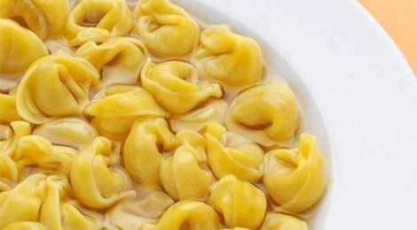 Bologna Food Guide_Tortellini in brodo