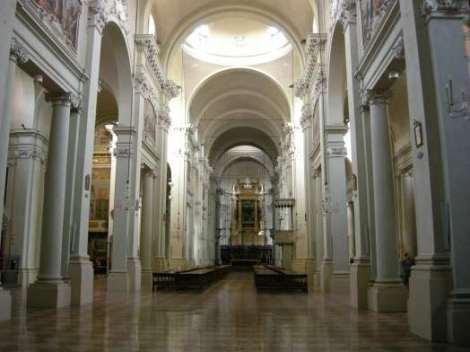 Visit Bologna_San Domennico_Navata
