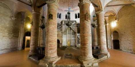 Visit Bologna_Santo Stefano-Santo sepolcro