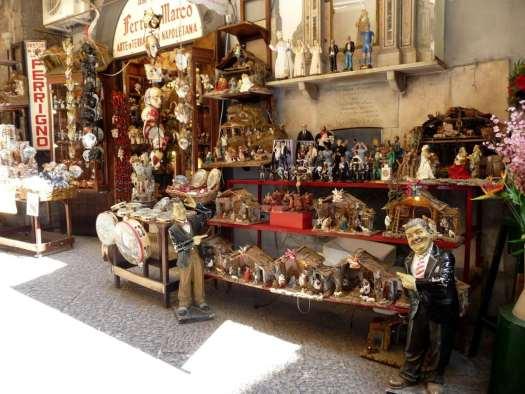 Nativity scenes_Italy_San gregorio Armeno market