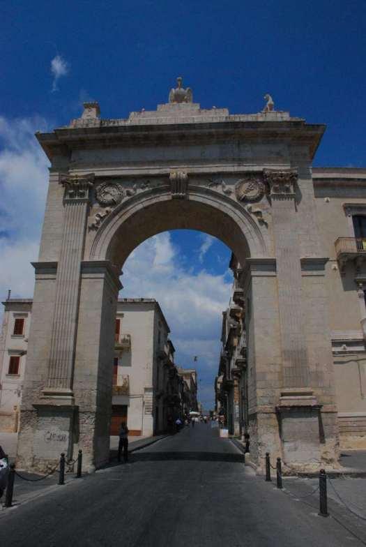 Noto Sicily_Porta reale