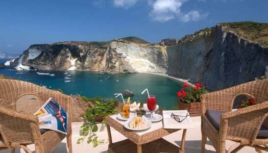 Most romantic places in Italy_Ponza 3_01