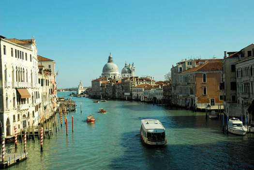 Top things to do in Venice - navigate Canal Grande