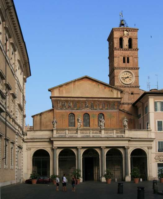Trastevere walking tour - Santa Maria in Trastevere