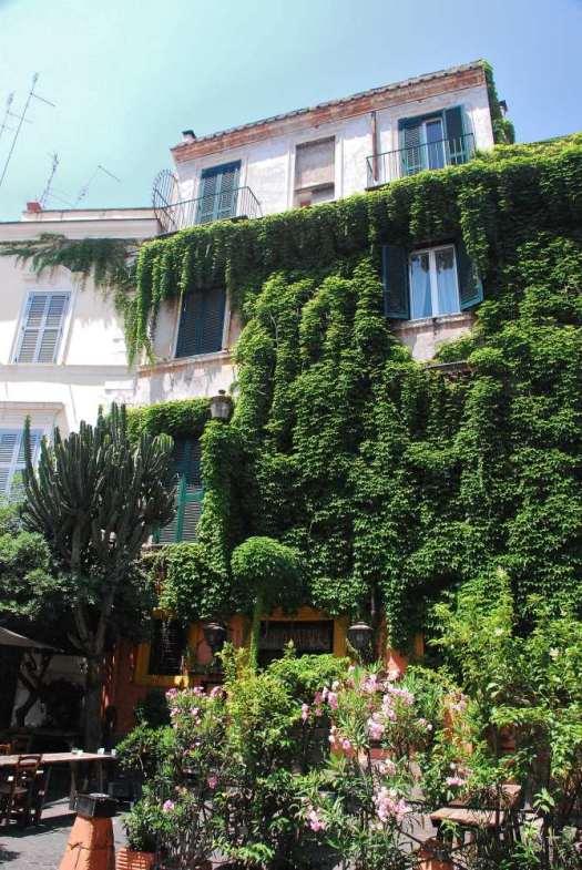 www.delightfullyitaly_Rome-Walk in Trastevere 30