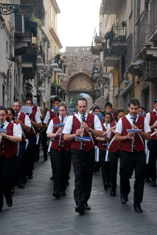 Taormina in one day - San Pancrazio procession