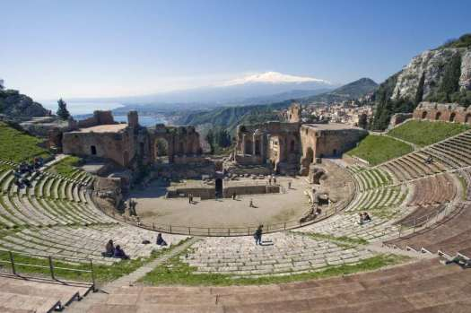 Taormina in one day: the Greek theater and mount Etna