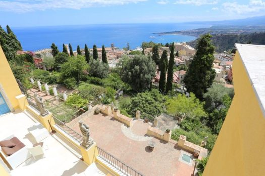 Taormina in one day - Casa Cusani hotel de Charme