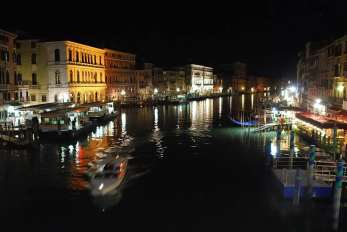 Top things to do in Venice - walk around at night