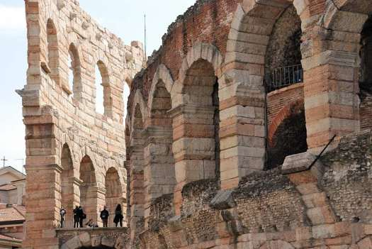 Top things to do in Venice - day tour to Verona