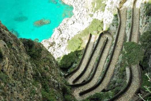 www.delightfullyitaly.com-Capri_Faraglioni walking tour_13