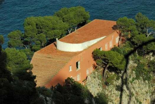 Capri walking itinerary - the Curzio Malaparte house