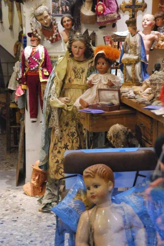 Naples nativity scenes market_San Gregorio Armeno