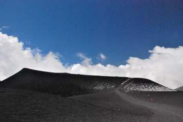 Climbing on top of Etna_017