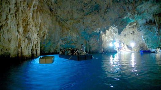 Amalfi coast Italy_Grotta dello Smeraldo