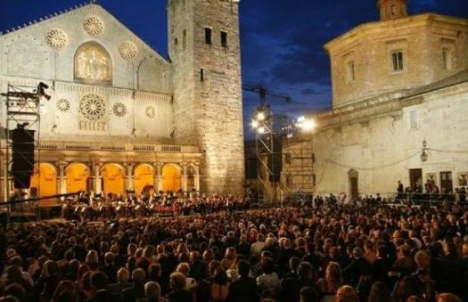 Best 20 things to do in Umbria - Spoleto festival dei due mondi