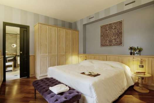 Milan best 3 and 4 stars hotels - Camperio House Suites and Apartments