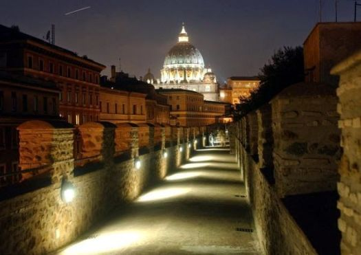 Visit Castel Sant'Angelo - the Passetto di Borgo