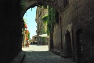 Civita Bagnoreggio_the dying city_011