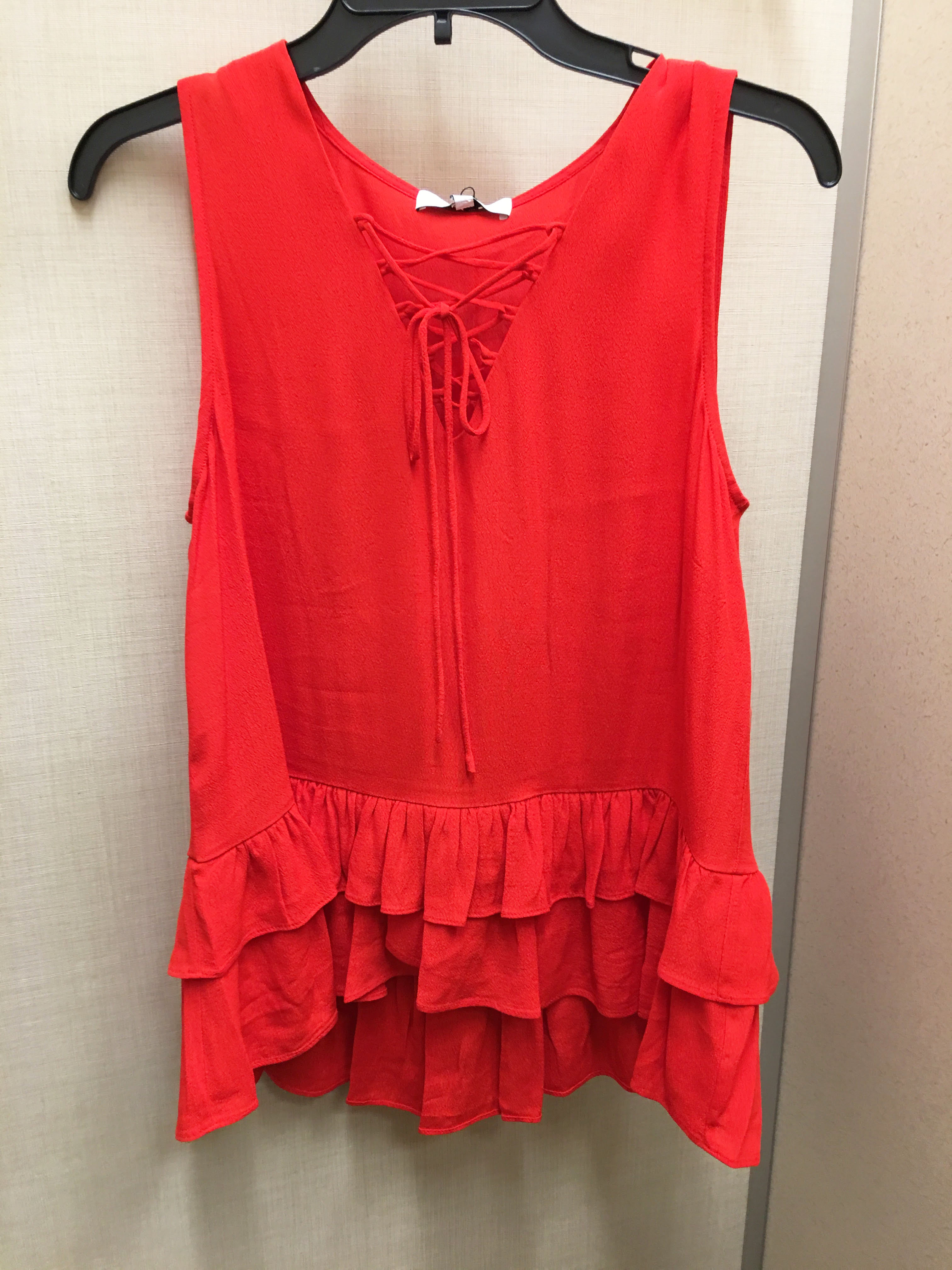 red-ruffle-top