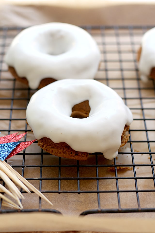 Icing glazed doughnuts recipe