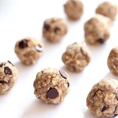 Coconut Oatmeal Chocolate Chip Cookie Dough Energy Balls (Nut-Free)