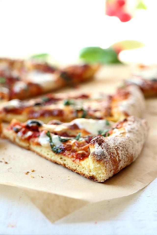 best gluten free pizza crust slice