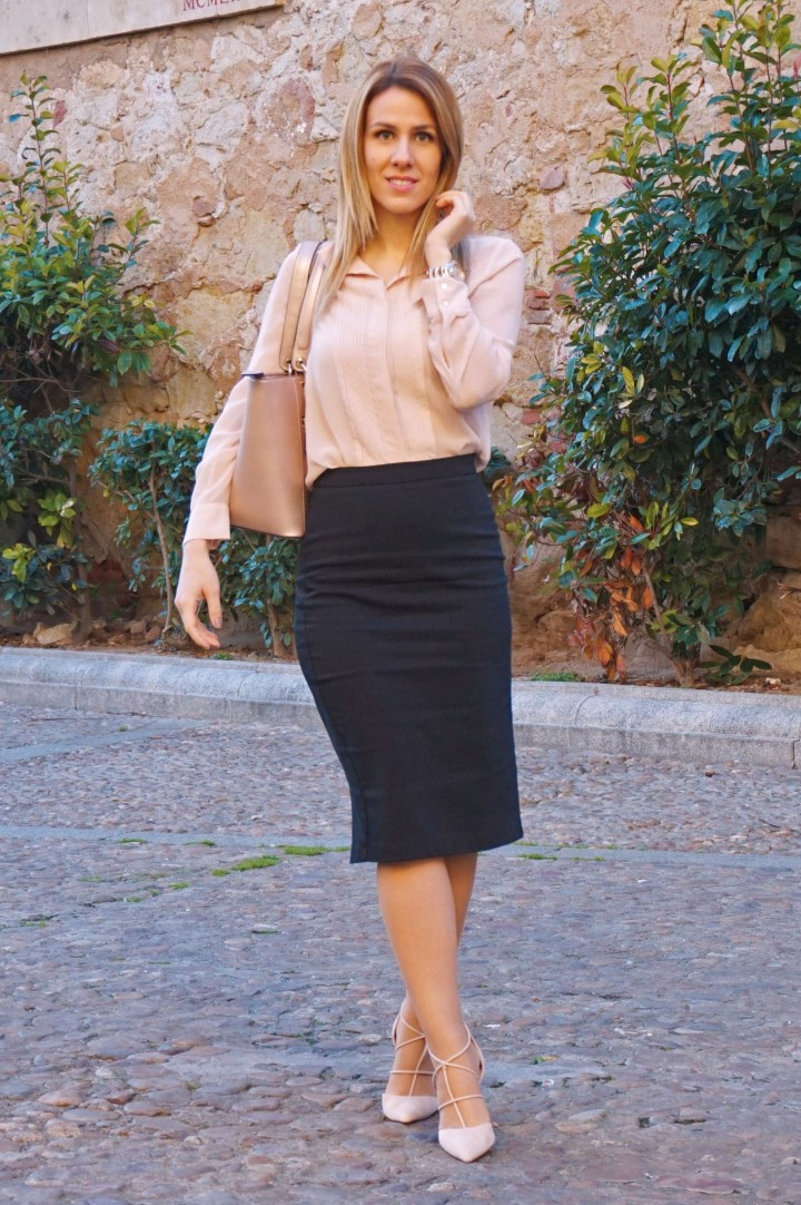 deliria rose_bolso guess1