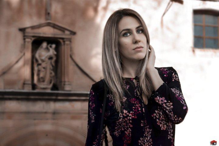 Vestido_flores_mango_negro1