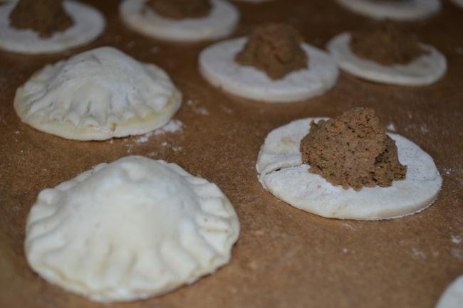 Pastelitos De Carne (Cuban Picadillo Filled Pastries) | Delish D'Lites