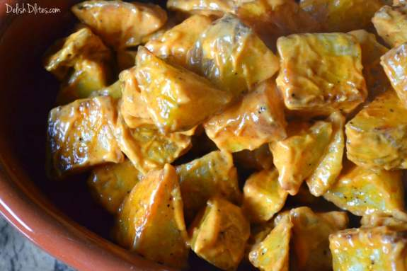 Papas Picantes (Spicy Roasted Potatoes) | Delish D'Lites