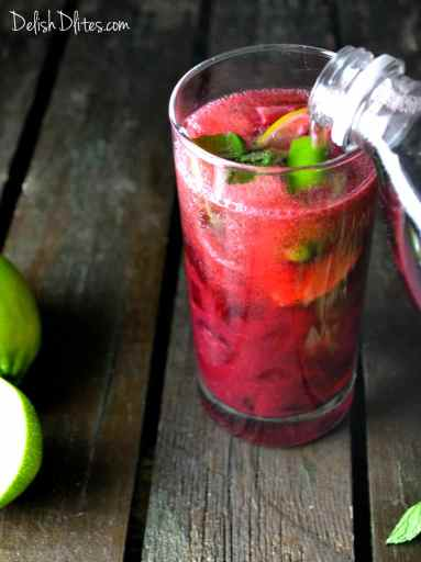 Blackberry Mojitos | Delish D'Lites