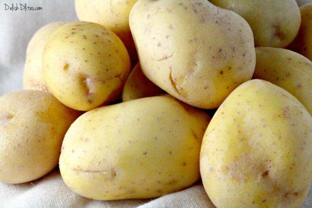 Papas Picantes (Spicy Roasted Potatoes) | Delish D'Lites