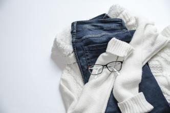 apparel-casual-clothes-934070