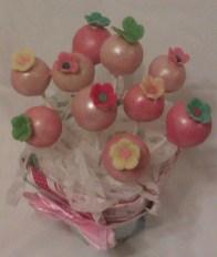 vintage-blossom-bouquet-close-up