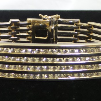 14k Yellow Gold Bracelet with Total 5 Carats of Diamonds