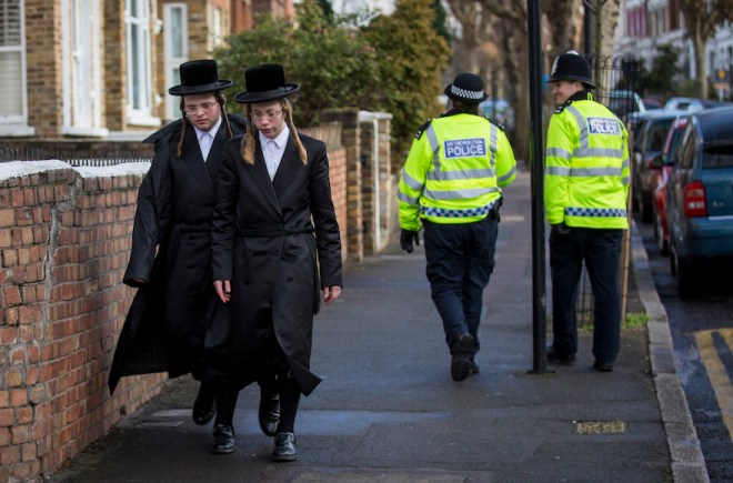 British Police To Step Up Patrols In Jewish Communities