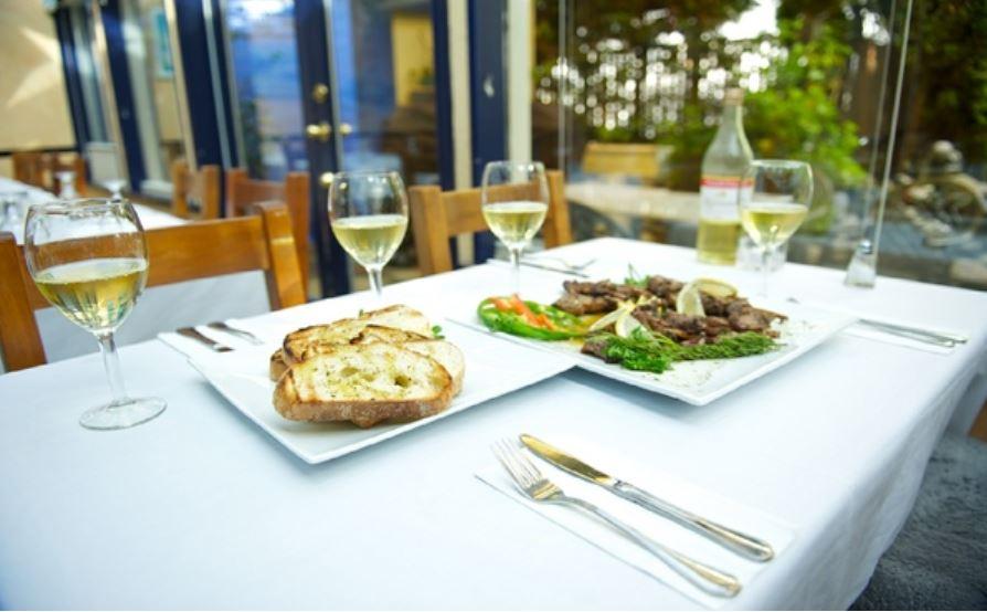 Taverna gorgona delta ladner restaurant